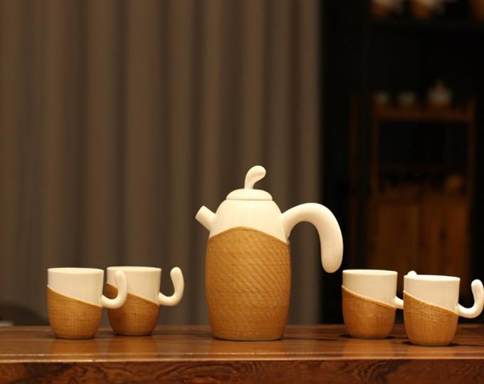 porcelain-coffee-set-made-of