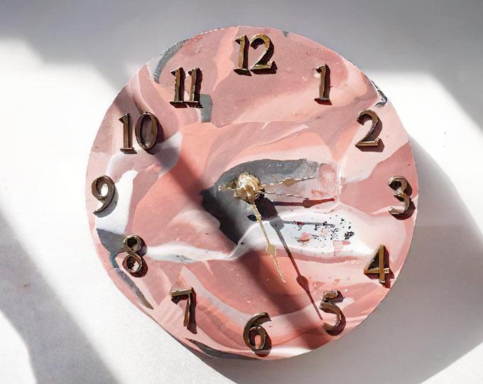 handmade-clay-clock