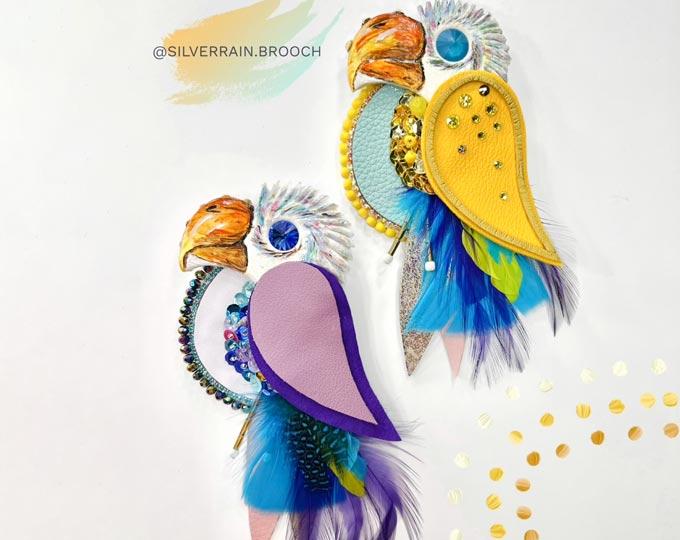 brooch-parrot