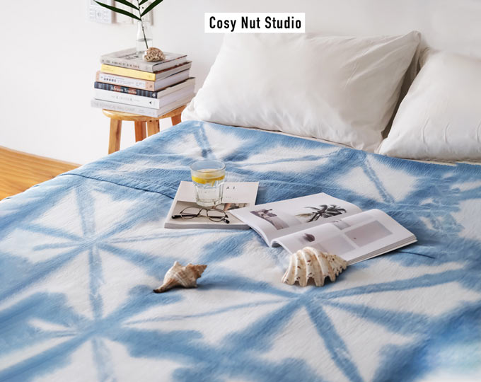 bedcover-with-hand-tiedyed