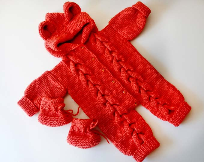 knitted-baby-rompernew-mom-gift