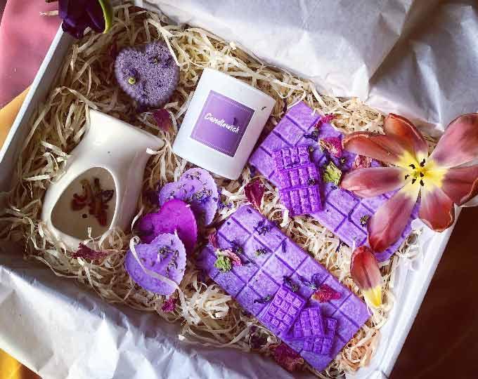 dear-lavender-medium-gift-box