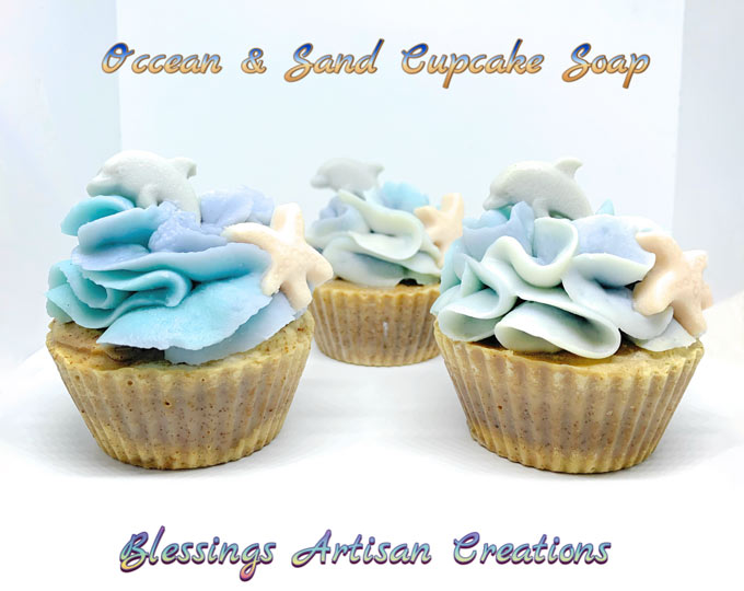 one-1-ocean-and-sand-cupcake