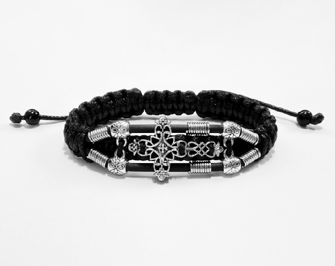 handmade-bracelet-cross-2