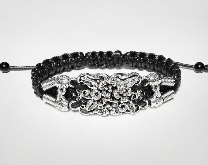 handmade-bracelet-flowers-2