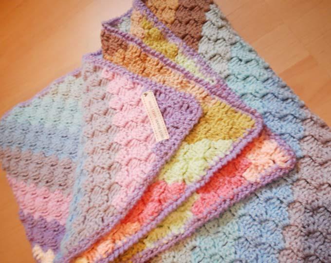 Blanket-100-premium-acrylic-Rainb