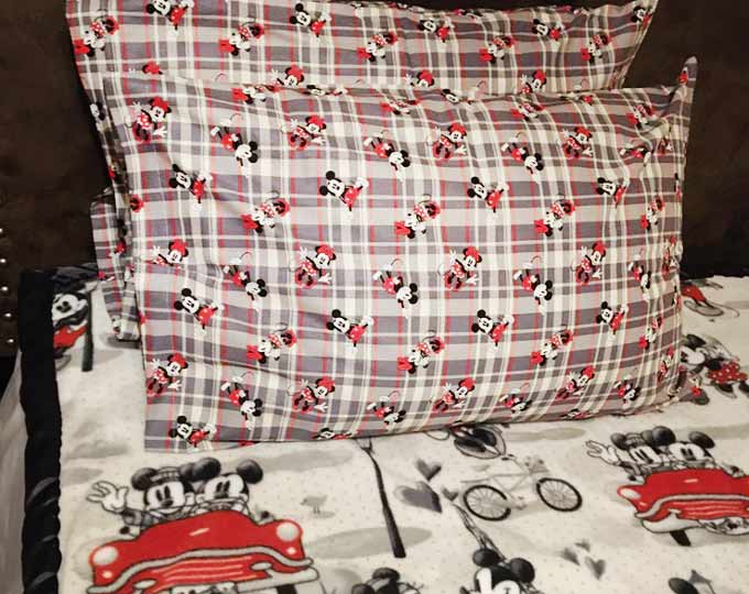 mickey-mouse-pillowcases